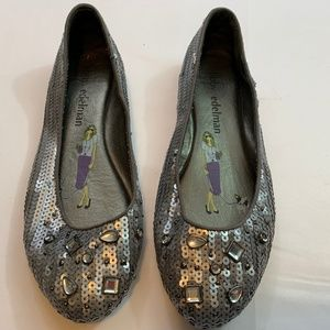 Libby Edleman Size 9 Silver Sequence Flats